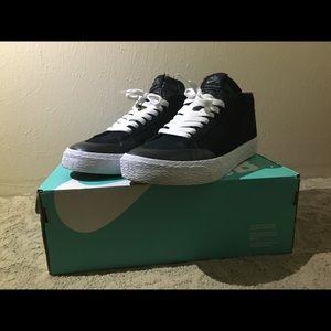 Nike sb Blazer Chukka Size 10